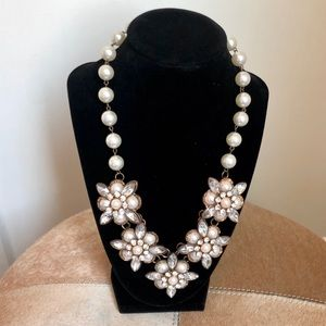 Fun Floral Beaded Necklace